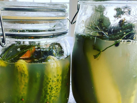 Easy Homemade Half-Sour Pickles