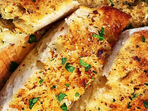 Perfect Buttery Garlic Bread