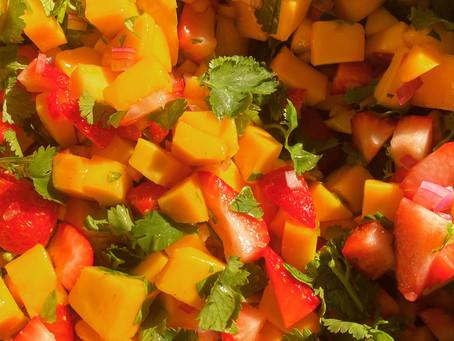 Paleo Strawberry Mango Fruit Salsa