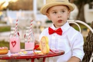 When Little Boys Make The Cutest Valentine {picture post}