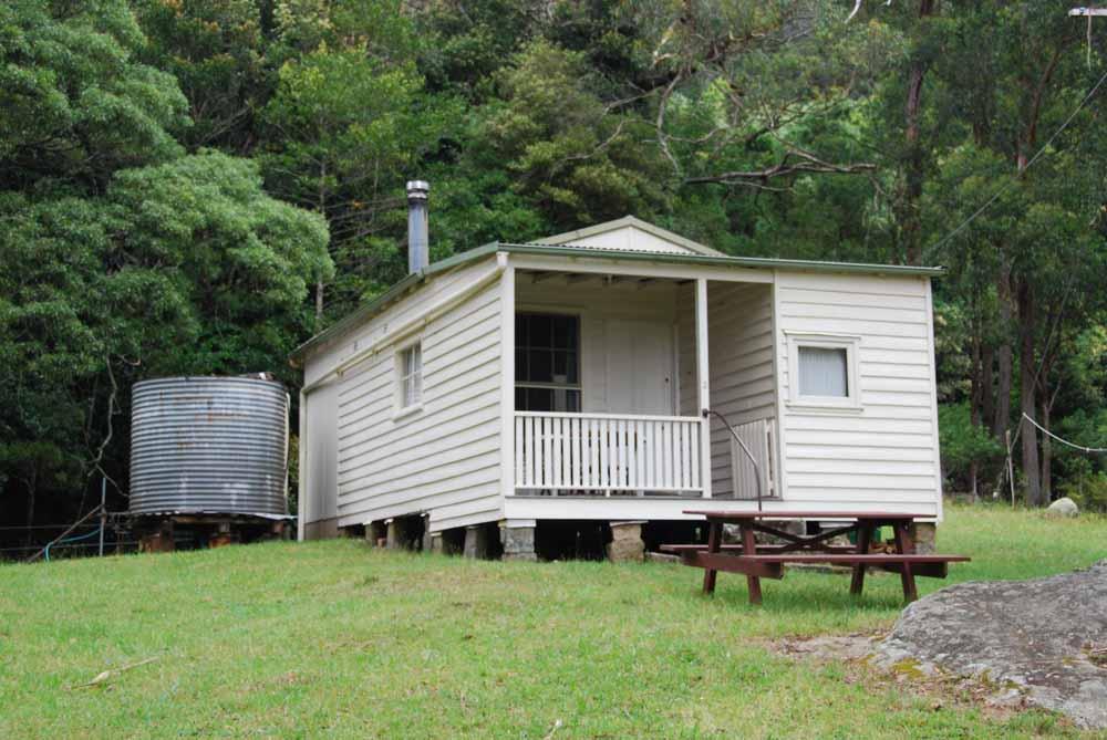 Cabin 2 - Lyrebird