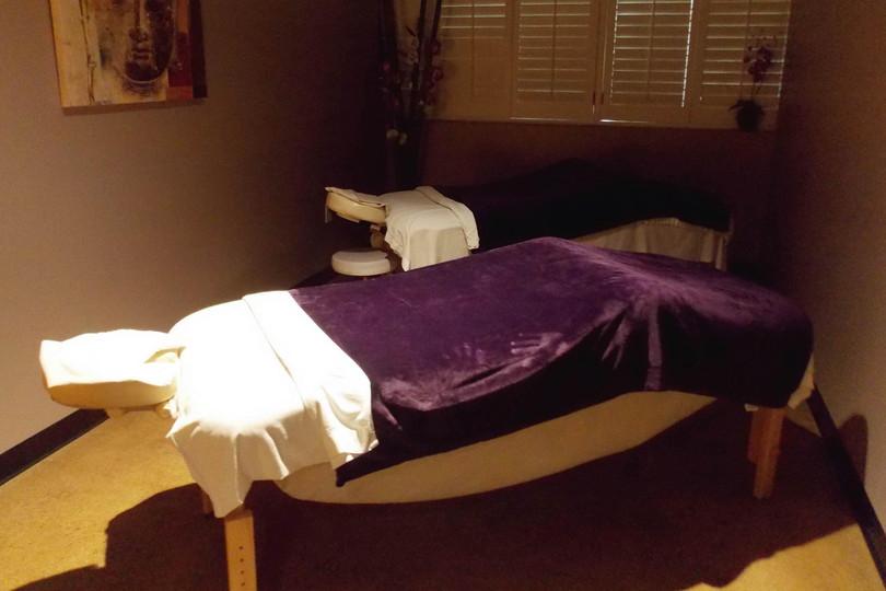 massage_room_Fotor.jpg