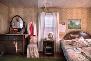 Dollhouse (2)sm.jpg