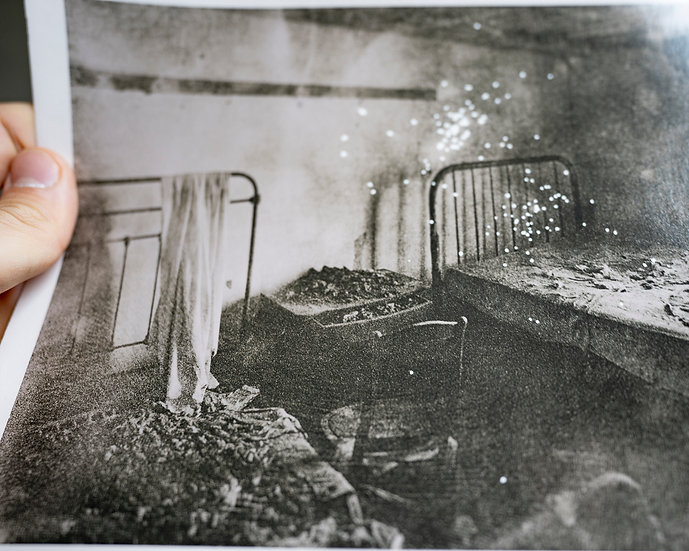 Decayed Beds