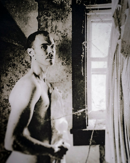 Robert Curtains
