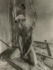 decayednude (39).jpg