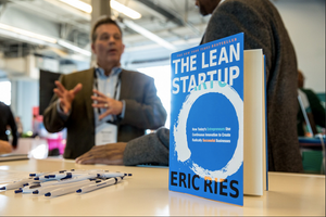 Close up image of The Lean StartUp and Entrepreneur describing its potential