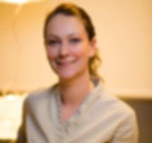 Aurélie Heger Bourh - Kinésithérapeute spécialisée mère enfant
