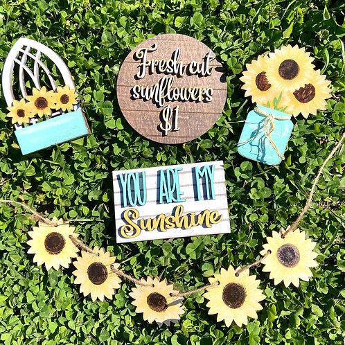 Sunflower tier tray