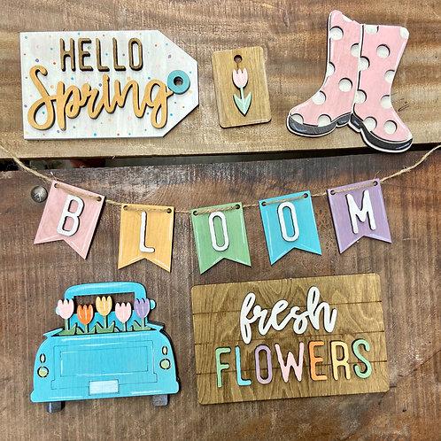 Hello spring tier tray set