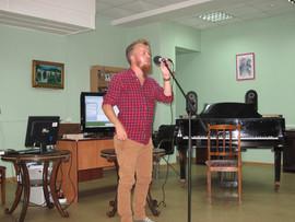 поэт Илья Гвоздев