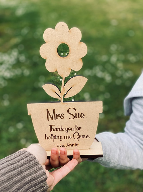 Engraved Wooden Pot flower with stand