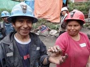 Artisanal Mining People.jpg
