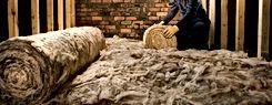 Rouleau de laine de verre pour l'isolation des combles