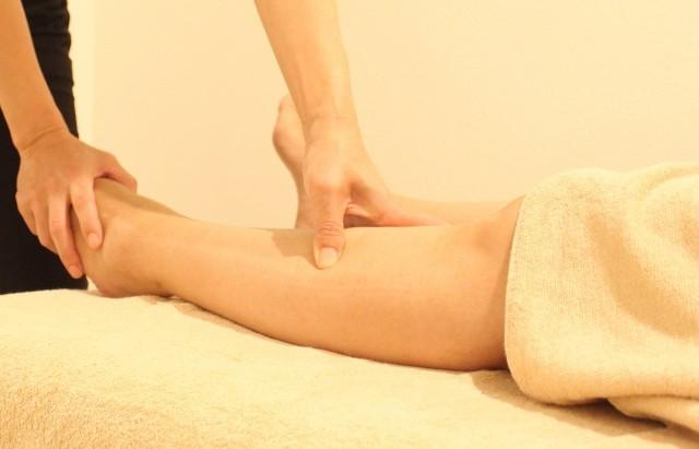 美脚脚やせ 整体鍼灸