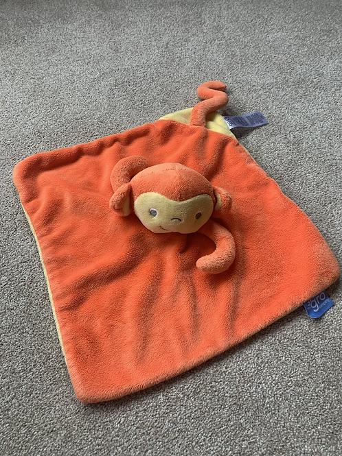 Gro Company Comforter