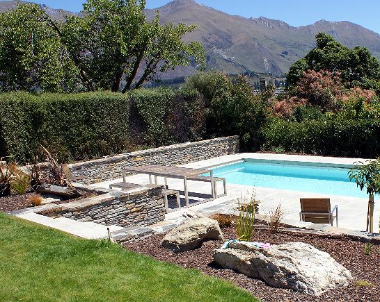 Wanaka swimming pool & schist wall