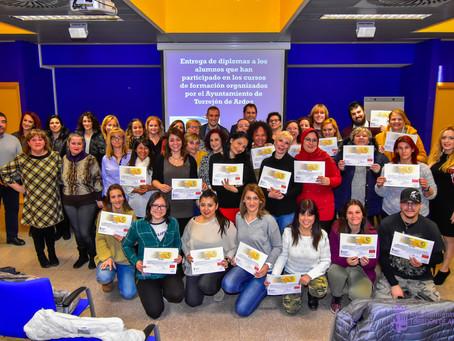 Entregados los diplomas a los 28 alumnos que han superado con éxito una nueva edición de los cursos