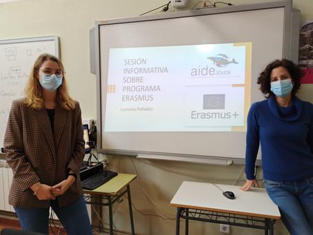 Charla informativa en el CEPA Ramón y Cajal de Parla, programa ERASMUS