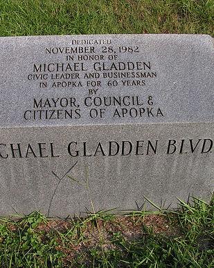 2014 07 31 22 Michael Gladden Blvd Monum