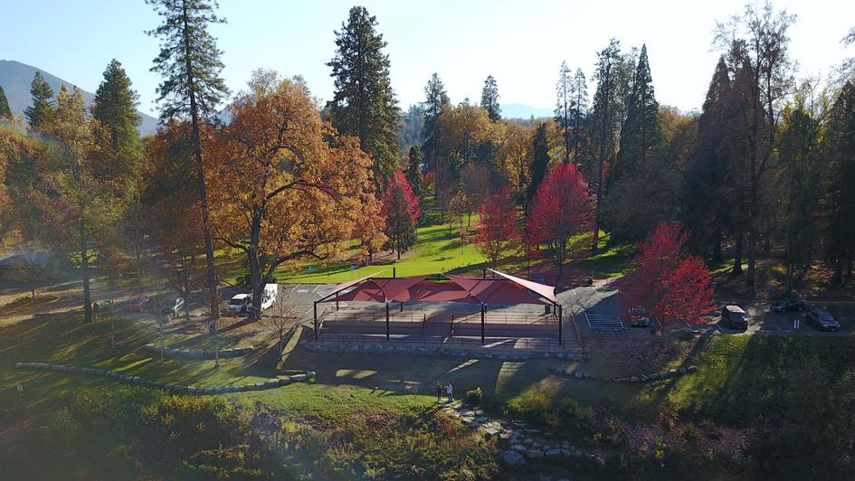Riverside Park Pavilion Structure