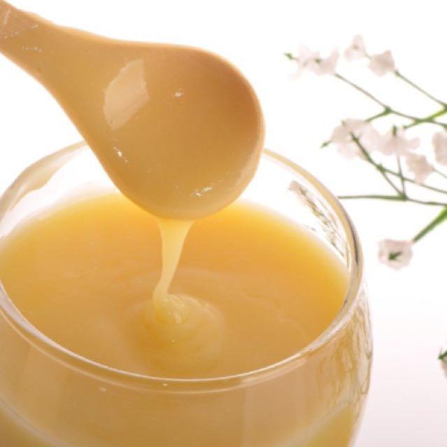 Herbal Bee Pollen Facial Treatment
