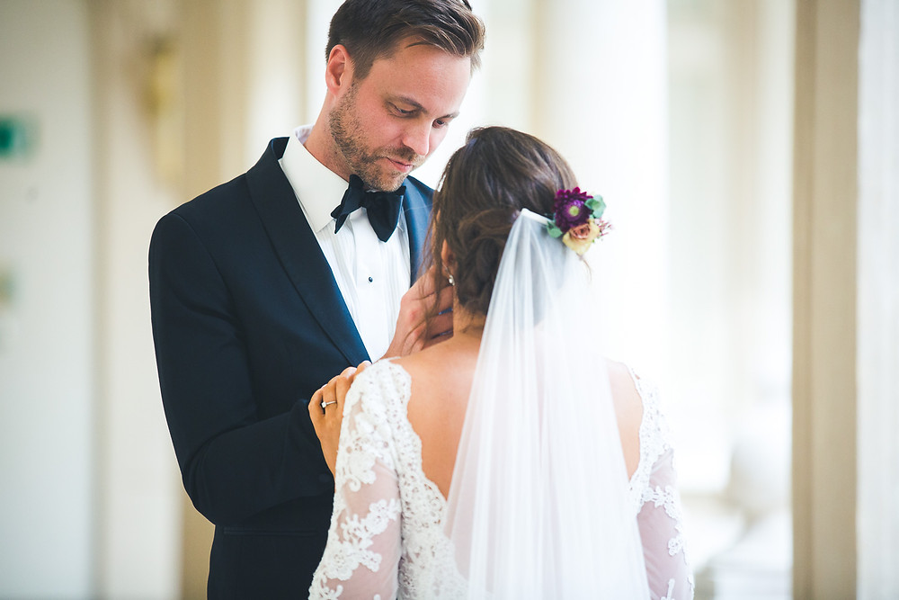 Wedding at the Vajdahunyad Castle in Budapest - first look