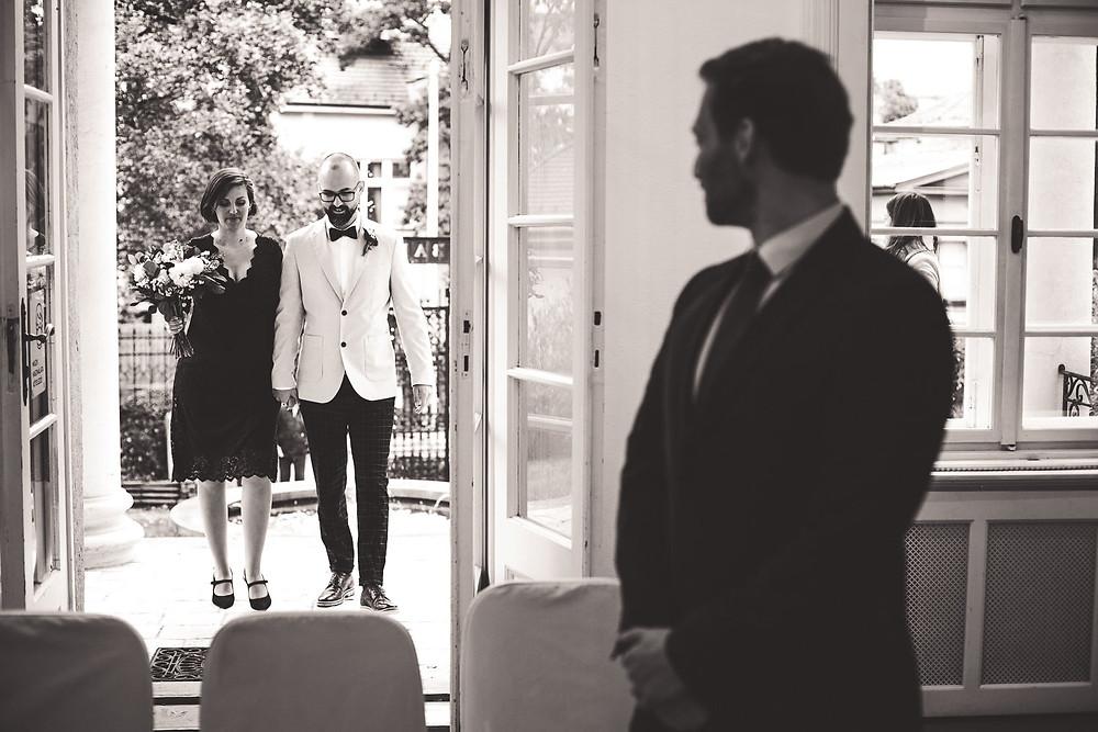 kis létszámú esküvő