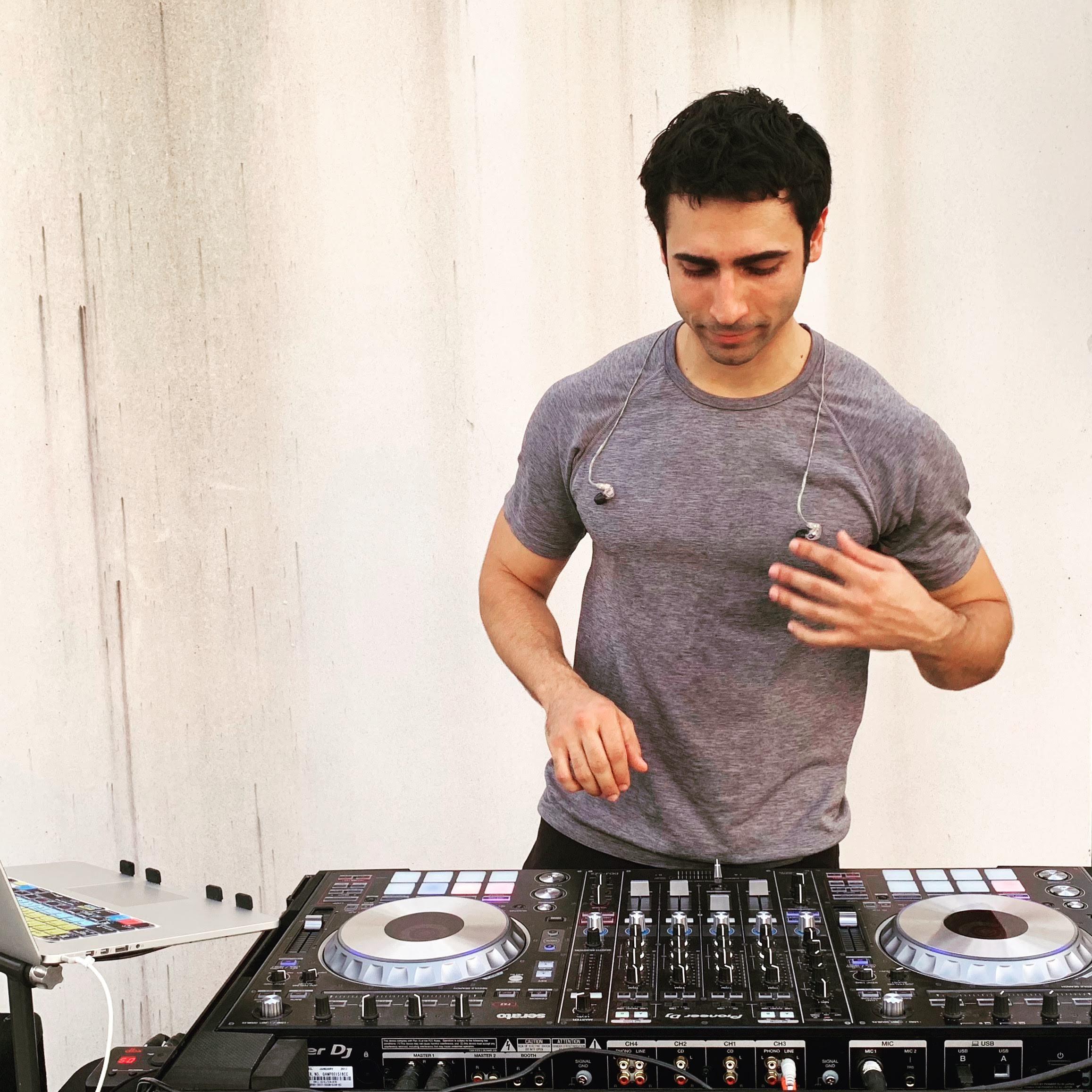 DJ ARIA | DC | Professional DJ