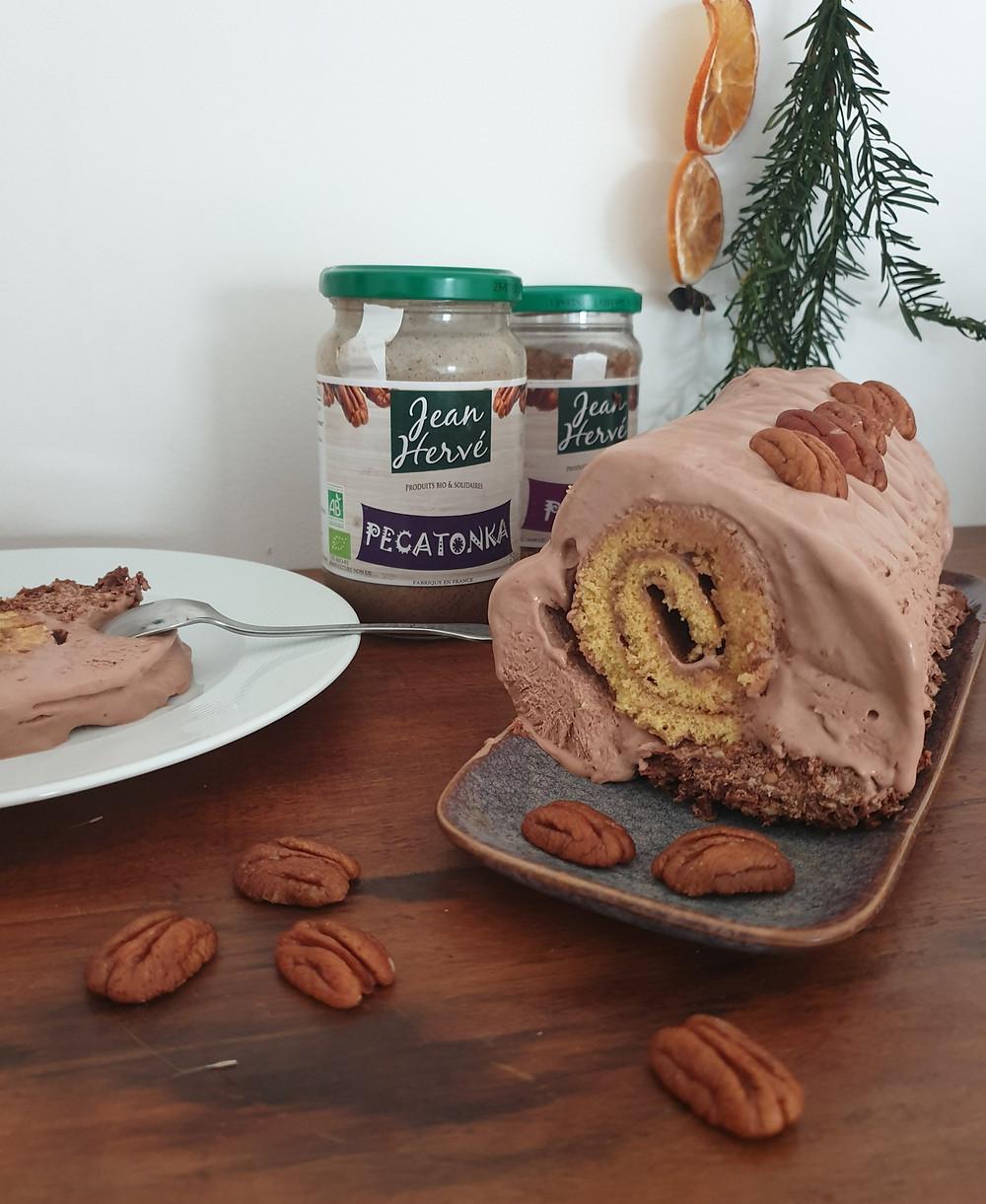 NOËL : Bûche au chocolat, noix de pécan et fève de tonka.