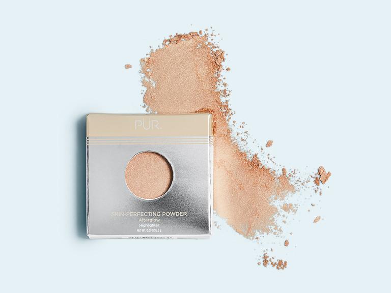 PÜR Afterglow Mini Highlighting Skin Perfecting Powder