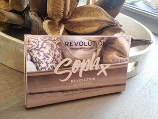 Review: Makeup Revolution X Soph Extra Spice Palette