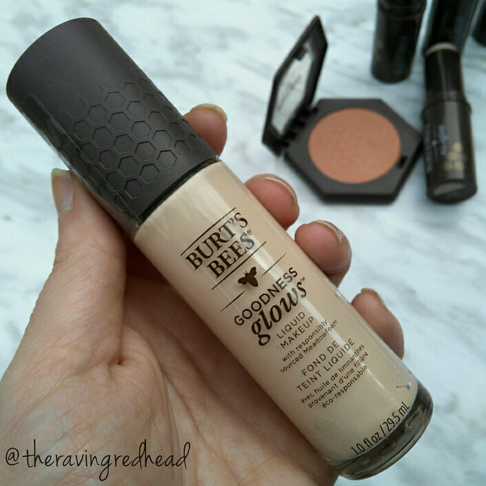 Burt's Bees Goodness Glows Foundation in Porcelain