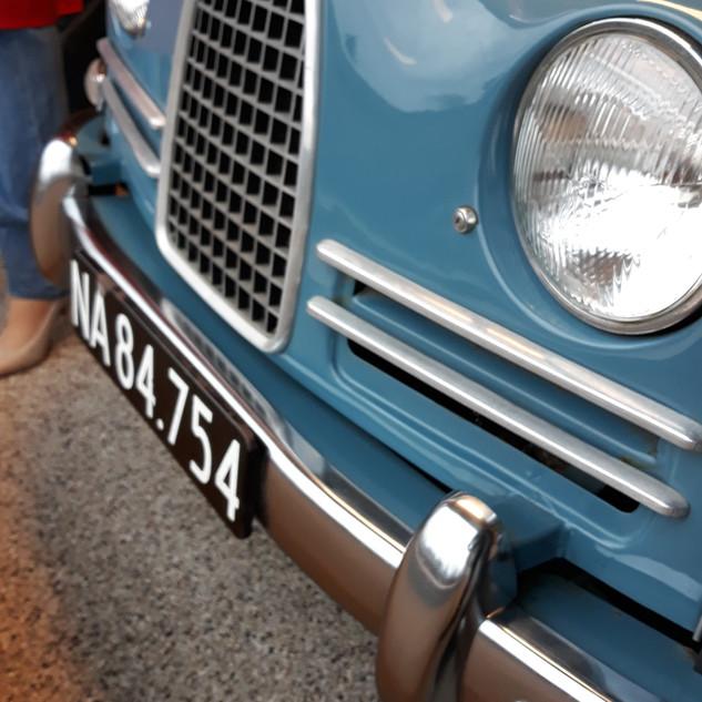 Nummerplader tilhører ikke bilen, men er fra Haderslev.