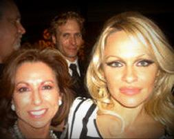 Pamela Anderson & Victoria