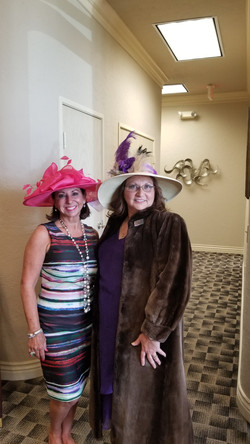 Kentucky Derby Victoria and Angela