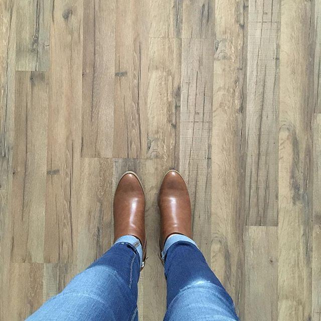 Tavern Oak Laminate Flooring From Lowes