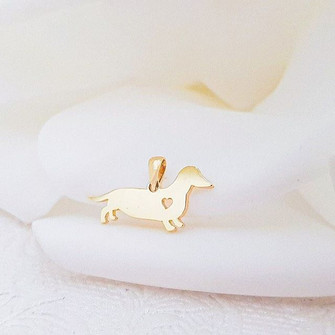 9ct Yellow Gold Dachshund pendant