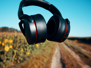 52. How (and when) to Listen to Podcasts
