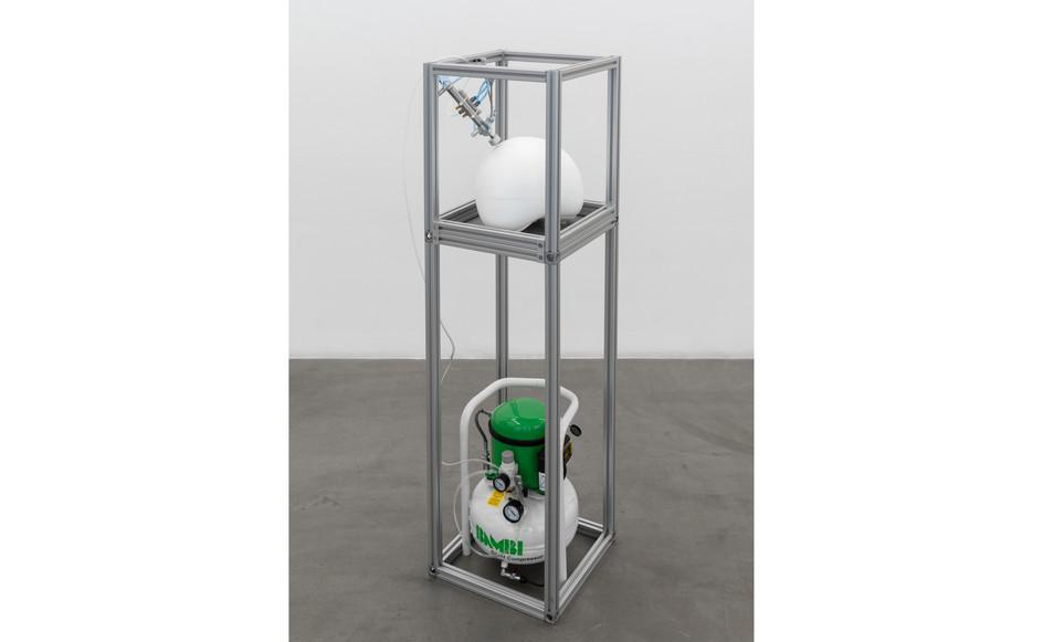 Harrison Pearce,10 installation view_RIBOT, 2021_.jpg