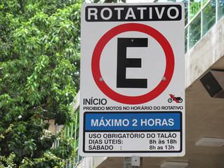 Furto e avarias à veículos em estacionamento rotativo.