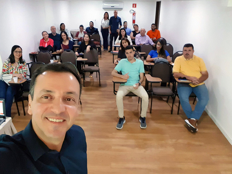 Sérgio Falcão no curso de Marketing Digital em Maceió