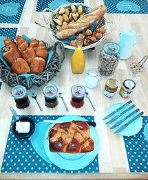 Petits-déjeuner Villages Tonneaux