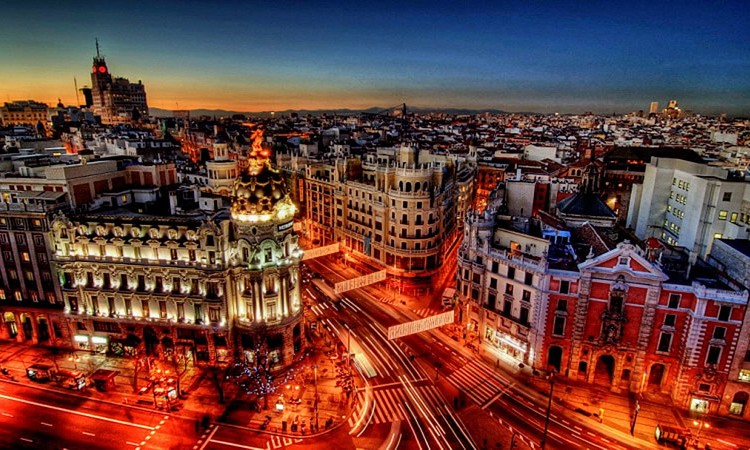 one_madrid-at-twilight-hd-wallpaper-504531-750x450