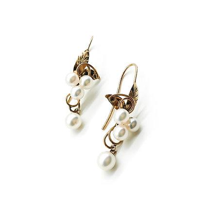 18ct Rose Gold Pearl Earrings