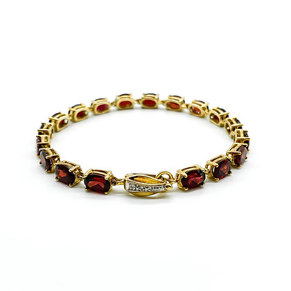 9ct Gold Garnet Bracelet