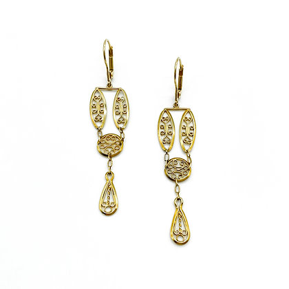 18ct Gold Vintage Filigree Drop Earrings (Sold)