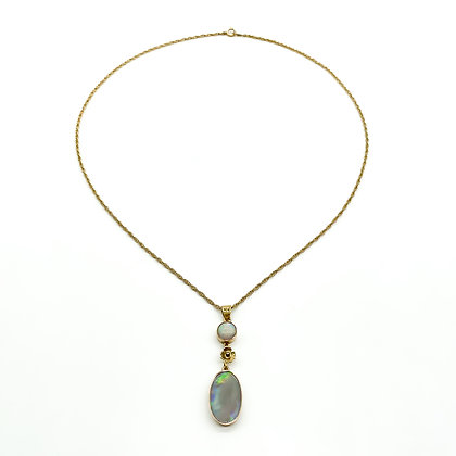 9ct Gold Edwardian Opal Pendant on Chain