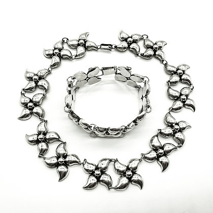 Silver Choker and Bracelet Set