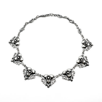 Silver Candida Necklace